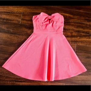 Bow decor strapless pink babydoll mini dress small